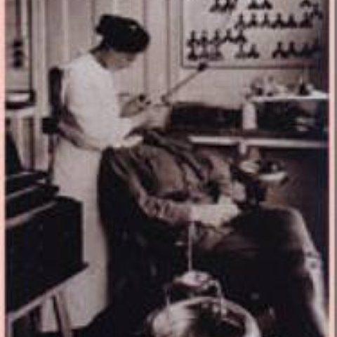 homenaje mujeres dentistas
