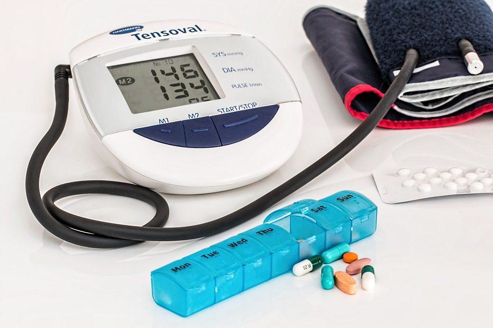 Periodontitis e hipertensión